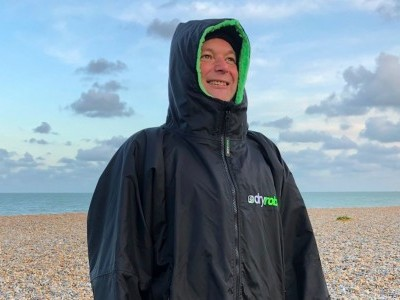 dryrobe Advance Long Sleeve 2020 Wings Foils SUP Surf Review